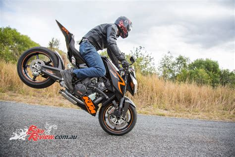 Ktm Bike Review Ktm Rc8 Streetfighter Bike Review