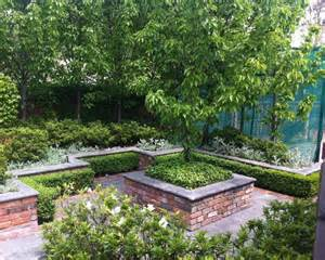 Traditional Garden Design Ideas Cloud Pruned Hedge Boxwoods Home Design Ideas Pictures Remodel And Decor