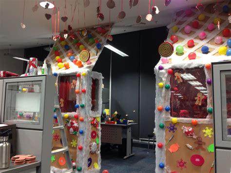 office ornament decorating contest decoration contest office navidad oficina office