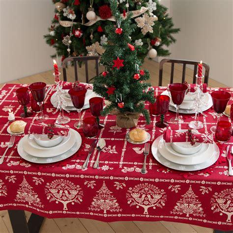 immagini tavole natalizie tavola di natale 30 idee per apparecchiare impulse