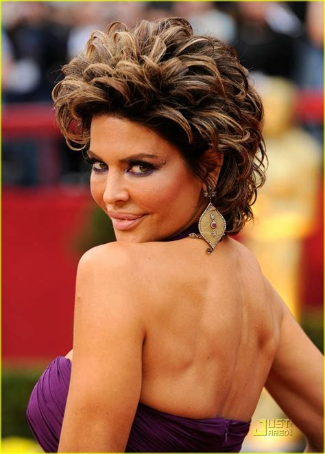 lisa rinna flat irom 17 best images about hairstyles on pinterest short curly