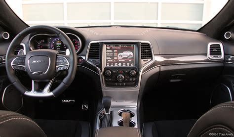srt jeep 2016 interior girlsdrivefasttoo 2016 jeep grand cherokee srt interior