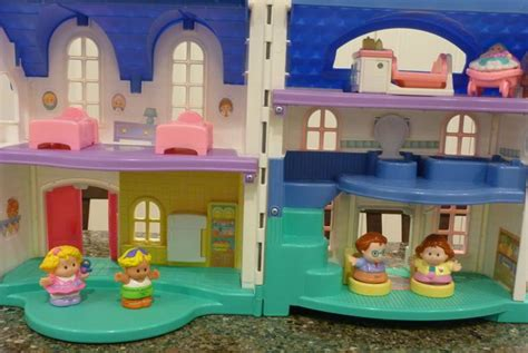 fisher price little people house little people home sweet home by fisher price dee dee buys for sweetie pies