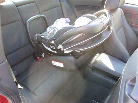 Bmw 1er Cabrio Kindersitz by 1 Series And Baby Seats