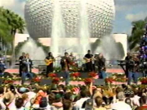 nsync merry christmas happy holidays   disney xmas paradempeg youtube