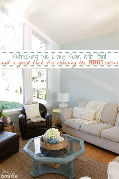 refreshing the living room with paint a great trick for choosing the right paint colour