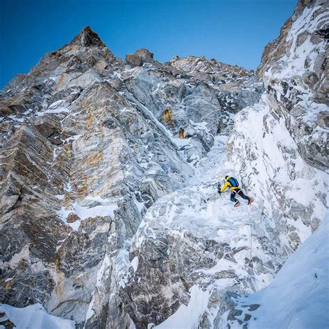 ueli steck my in climbing legends and lore books ueli steck and david goettler on shishapangma bad weather