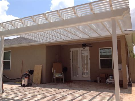 cost to build a pergola diy vs hiring a