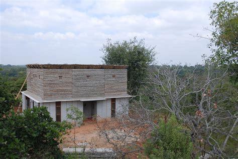 Galeria de Casa de Pedra Bapagrama / Pragrup   4