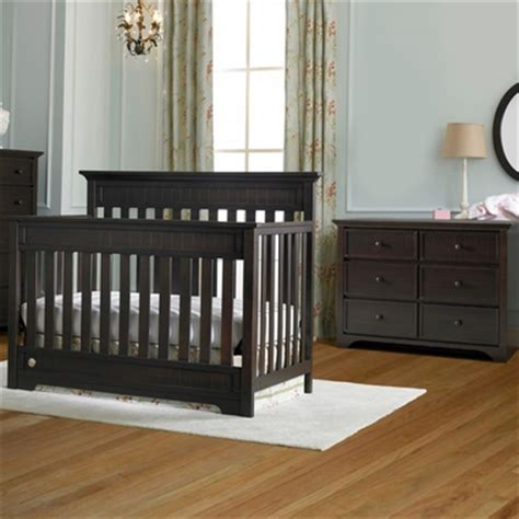 convertible crib and dresser set fisher price 2 nursery set lakeland 5 in 1