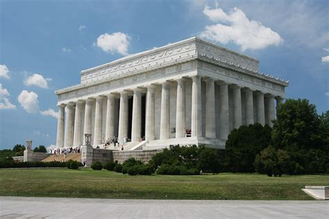 lincoln memorial center the lincoln memorial washington dc travel and tourism