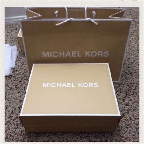 michael michael kors michael kors box and paper bag size