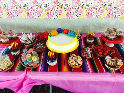 Best 25  Mexican candy table ideas only on Pinterest