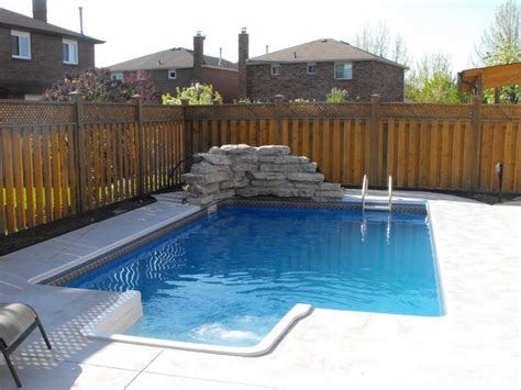 Small Backyard With Pool Small Backyard Pools Visit Urbanpools Ca Pools And Spas