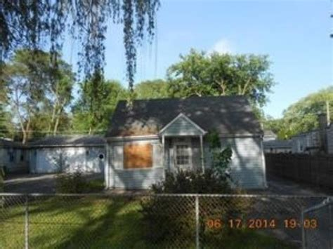 houses for sale in round lake il 303 kenwood dr round lake park il 60073 reo home details reo properties and bank