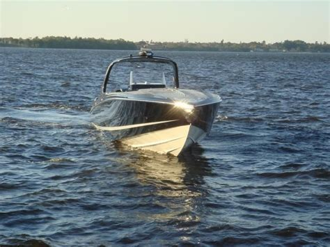 best sport fishing boat manufacturers 17 best images about pontoon boat manufacturers on
