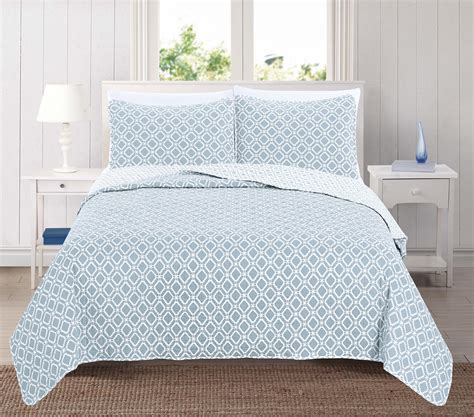 liliana collection 3 printed microfiber quilt set