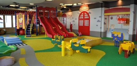 miniapolis indoor playroom for kids at plaza indonesia