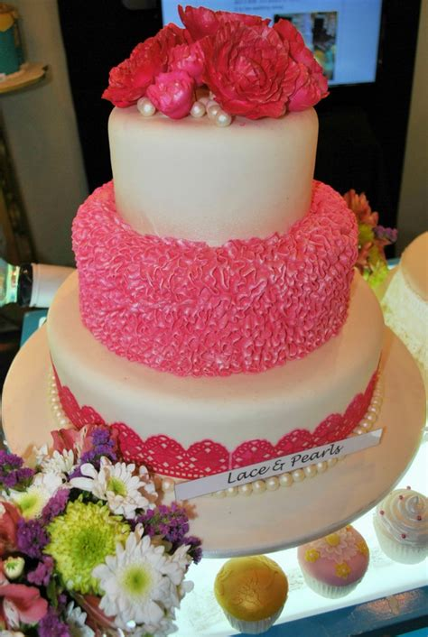 Wedding Cake Goldilocks by Newest Wedding Cakes From Goldilocks Goldilocks Bakeshop