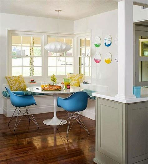kitchen booth ideas 10 best images about kitchen booths on in the corner kitchen tables and kitchenettes