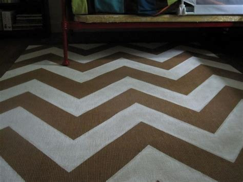 how to paint a jute rug painted a jute rug i m partial to the chevron i guess outside the house cas