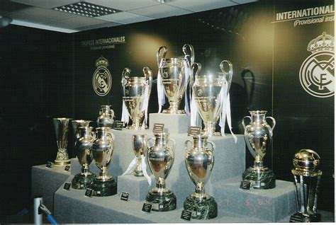 imagenes de trofeos del real madrid masm partidos del real madrid chions copa de europa