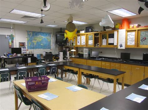 Science Room Decor by Classroom Photos Of Mr Dyre S High School Science Lab