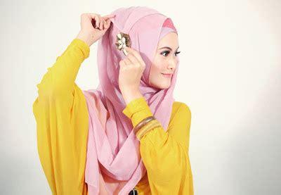 Jilbab Segi Empat Jodha Emas 5 langkah mempercantik diri dengan pakai jilbab