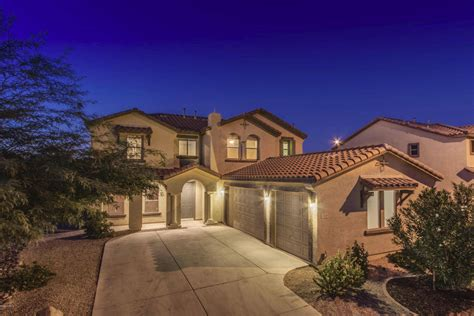 looking for a maricopa real estate company to sell you