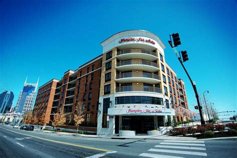 hotels with in room nashville tn hton inn suites nashville downtown best price guaranteed expedia