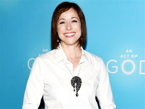 trading spaces paige paige davis returning to trading spaces to host reboot