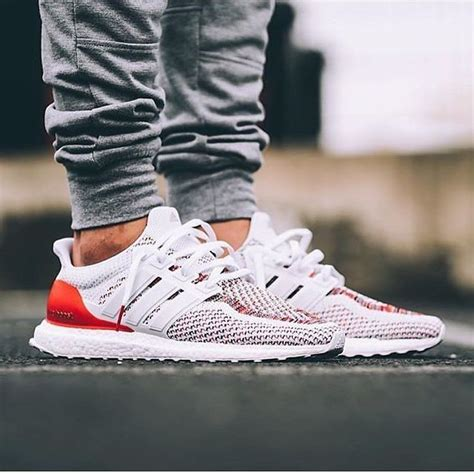 25 best ideas about adidas boost on adidas nmd boost adidas boost running shoes