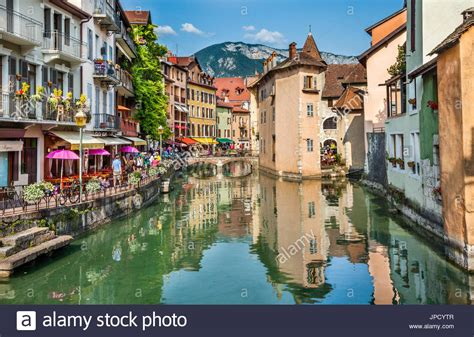 le comptoir de mathilde annecy vieille ville stock photos vieille ville stock images