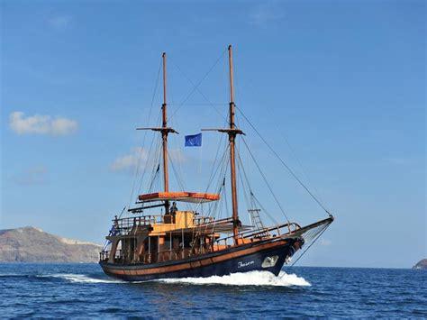 santorini boat tours boat trips anothertour santorini
