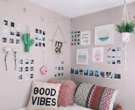 bedroom wall decor best 25 wall decor ideas on