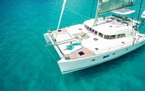 catamaran mauritius dolphins catamaran cruise mauritius mauritius catamaran elite voyage