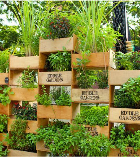 Vertical Garden Structure Creative Ways To Plant A Vertical Garden Landscaping In