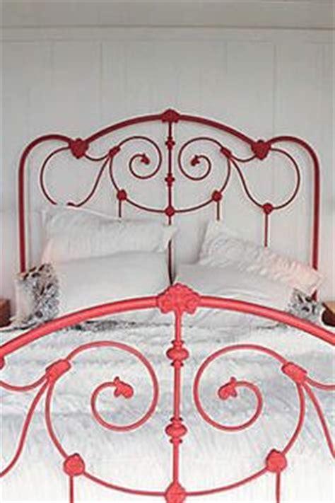 spray painting metal bed frame metal bed frame on metal bed frames metal