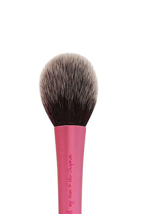 Makeup Brush 10 best makeup brushes essential tools for your makeup bag