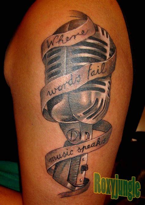 microphone tattoo pinterest microphone tattoo by karolyi deviantart com on deviantart