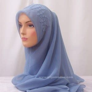Blouse Wanita Sw Blouse Brice Hitam jilbab cantik riasan cantik bagi wanita berjilbab