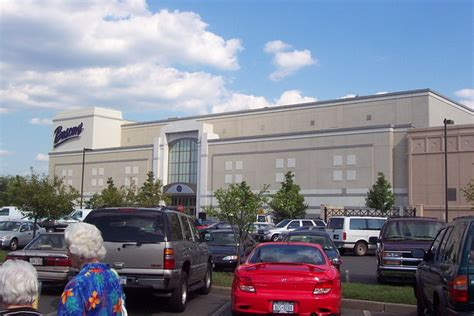 palisades mall everything you ll ever need to know for an epic nanuet mall soon to close nanuet new york labelscar