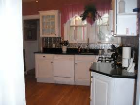 remodeling small kitchen ideas afreakatheart