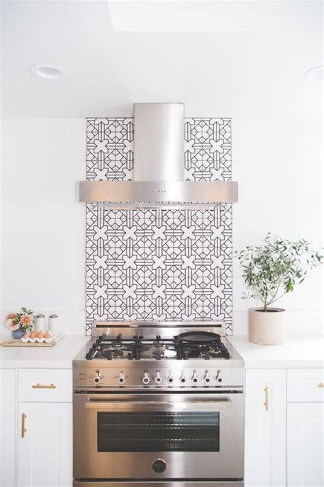 Backsplash For Black And White Kitchen Minimal Bliss Can T Get Enough Of This Black And White
