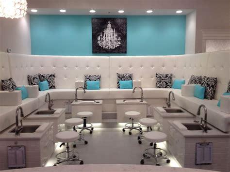 Salon Decor Ideas by 1000 Ideas About Nail Salon Decor On Salons