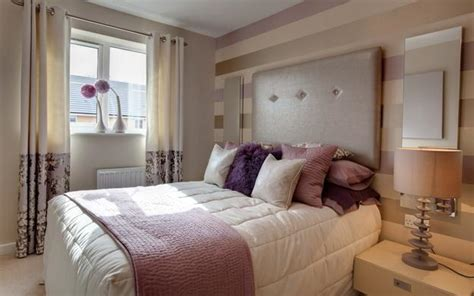 Bedroom Decorating Ideas With Mirrors Wall Mirrors And 33 Modern Bedroom Decorating Ideas