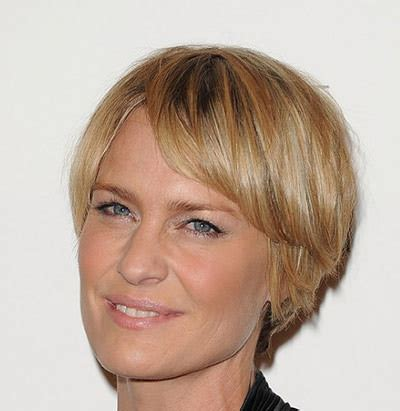 pic long bob with razor ends 4 razor cut hairstyles for women over 40