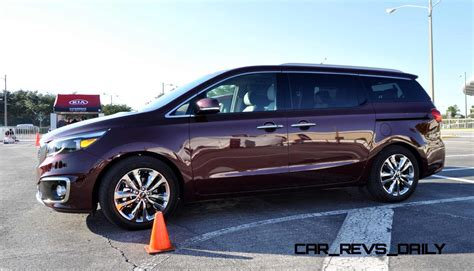 Kia Sedona Awd 2015 Kia Sedona Sxl Snapped In 65 Real Photos