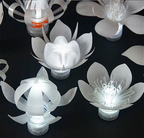 l 225 mpara luz de lara de botellas l 225 mpara realizadas de pl 225 stico reciclado