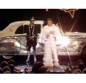 Leapin Lizards Liberace Arrives On Stage In His Rolls